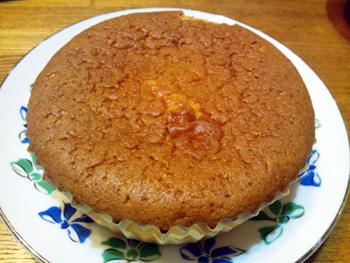 ケーキショップ「ジタン」おおきなマドレーヌ