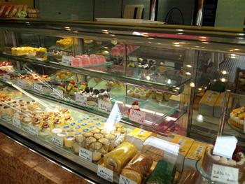 ケーキショップ「ジタン」店内