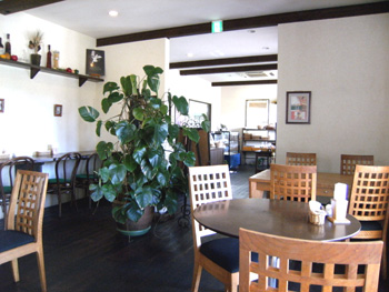 カフェベーカリーはねうさぎ カフェスペース