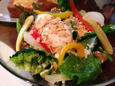 mercerbrunchginzaterrace-グリルチキンのサラダ