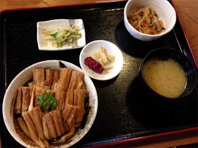 tsushima-煮あなご丼