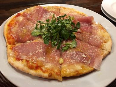 Italian Bar Le Ali(レ・アーリ)ハムとクレソンのピッツァ