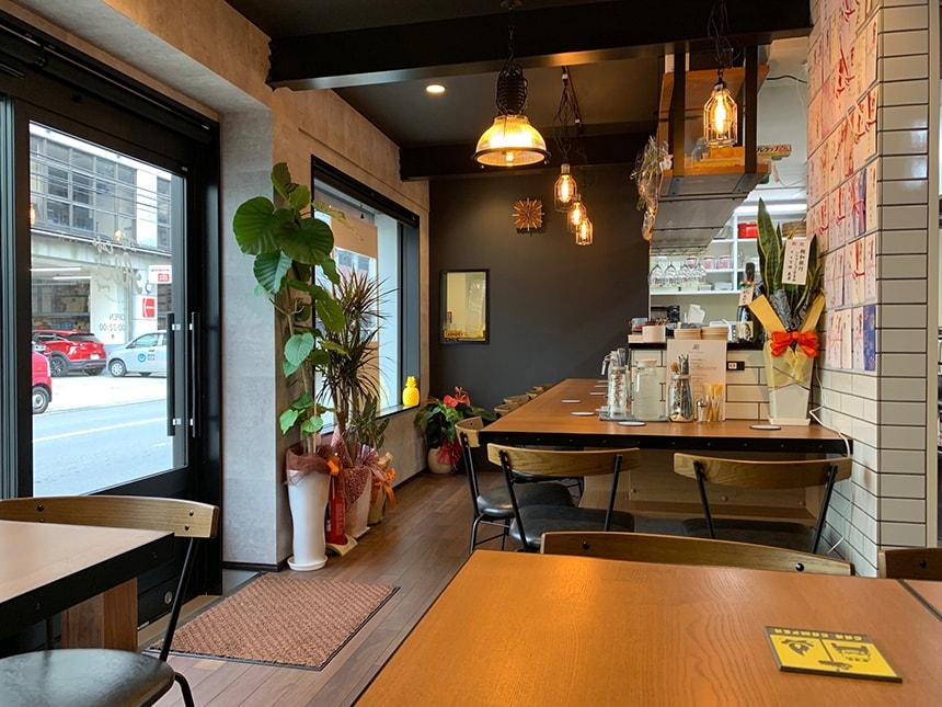 Dejima Cafe Alii(アリィ) 店内