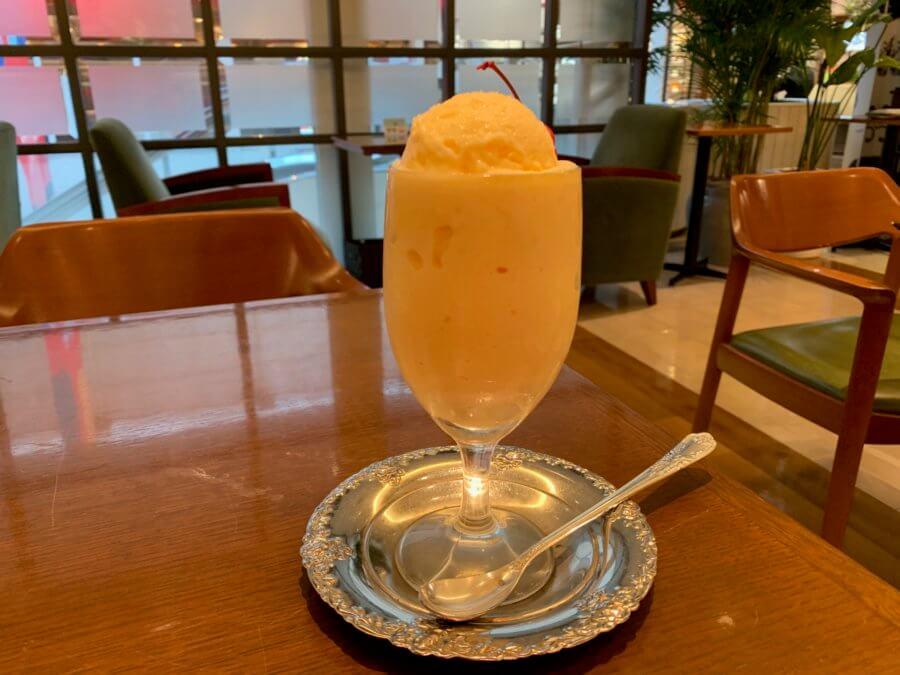 Cafe&Bar(カフェ&バー)ウミノ-ミルクセーキ