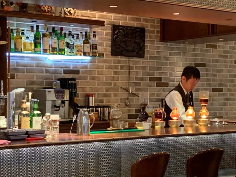 Cafe&Bar(カフェ&バー)ウミノ-店内