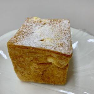 ulu-キューブシュークリーム2