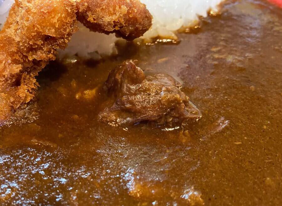 currydineralii-アリィじまんの特製カレー2